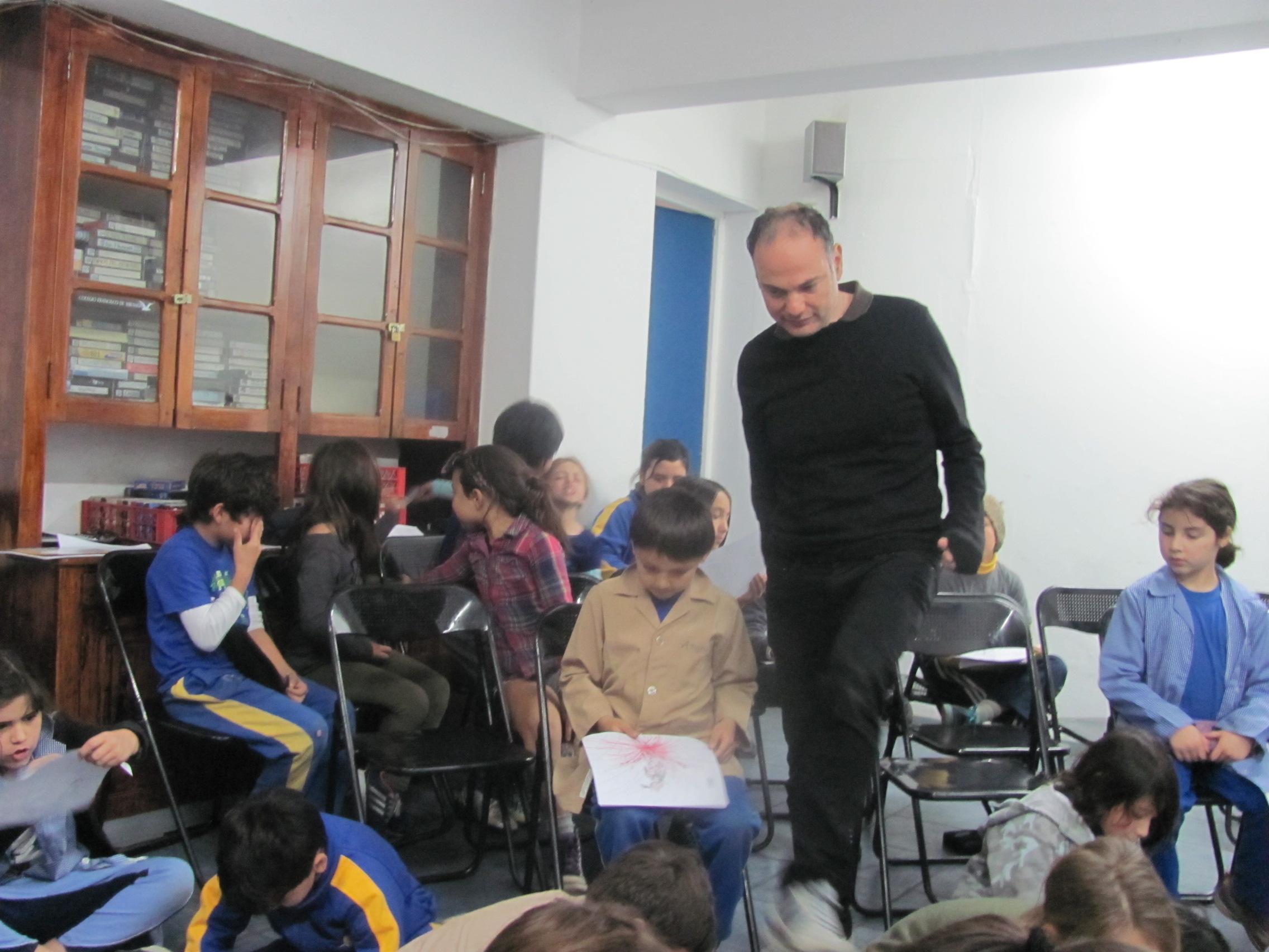 Atelier de cinéma à l'école Francisco Miranda de Santiago du Chili.